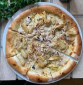 Піца з індичкою та артишоками