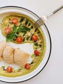 Хумус з песто, чері та пармезаном (230г)