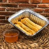 Spring rolls (4 uds.) + salsa thai