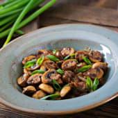 Ciuperci sote cu mirodenii