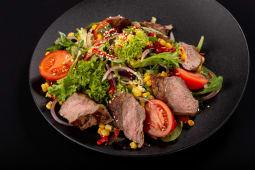 Стейк салат з телятини (250г)