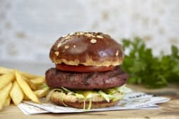 Black Angus burger 1+1 GRATIS