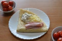 42. Palačinka Šunka, Kačkavalj, Salata od pečuraka