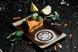 Яблочно-персиковый пирог