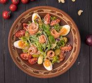 Салат Нісуаз з червоною рибою (300г)