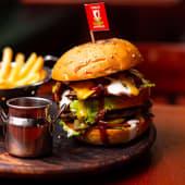 Beef бургер Liverpool (350/100/30г/250мл)