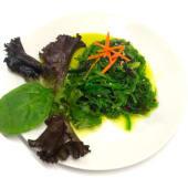 Ensalada de alga wakame, vegano