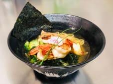 Gyokai pesce 魚介ラーメン