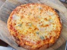 Pizza Quatro Formagi  Ø 40cm