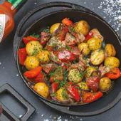 Пательня з молодою картоплею та з овочами (350г)