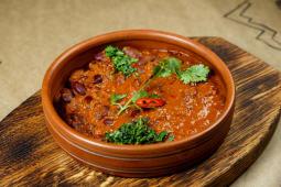 Гаряче лобіо з червоної квасолі в пряному соусі (300г)