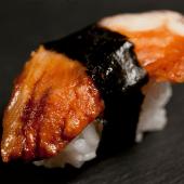 Nigiri de anguila (2 piezas)