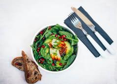 Salată cu Halloumi