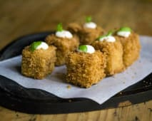 Croquetas de curry rojo thai