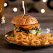 Cheese burger (180 g.)