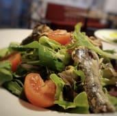 Salata cu sardine + 1 DESERT GRATUIT