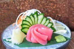 Сашимі з тунцем (50/50г)