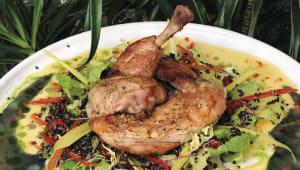 Курча-гриль на подушці із овочів та чорного кіноа (350г)