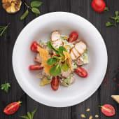 Salata Caesar cu file de pui