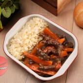 Teriyaki de vită cu morcov și orez la abur