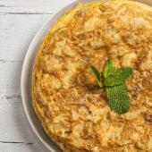 Tortilla De Patatas Con Rabas Y Alioli