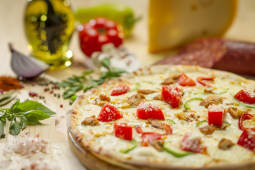 Pizza pollo medie
