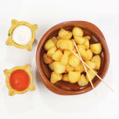 Patatas bravas/ Cartofi cu sos picant