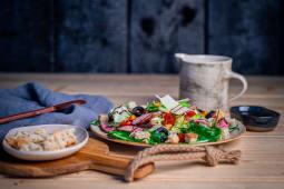 Salata cu vita la grill