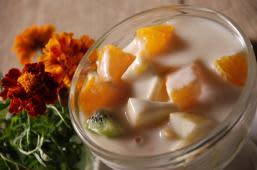 Фруктовий салат (240г)