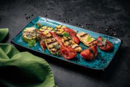 Сир Халумі з овочами на грилі (250г)