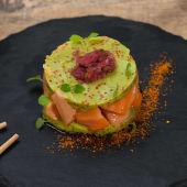 Tartar Salmón Salvaje Con Guacamole Japonés