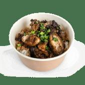Aripioare de pui cu orez și sos asiatic