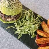 Hambúrguer Artesanal Vegetariano em (pão) caco de espinafres