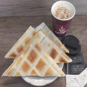 Café con leche + Tostado de miga (4 uds)