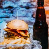 H4 Jack Daniels burger + bebida