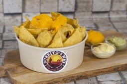 Cheddar nachos
