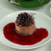 Mini dark chocolate cheesecake
