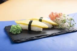 Nigiri z mango 2szt. 60g