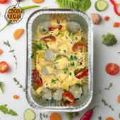 Паста с томатно-сливочным соусом и фрикадельками