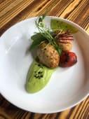 Котлети з курча з кремом з зеленого горошку та м'яти (200г)