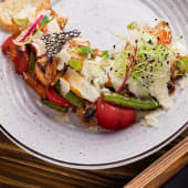 Теплий салат з пармезаном (200г)