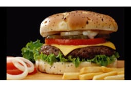 Бургер с говядиной с сыром