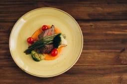 Філе Міньон на пікантному овочевому мусі (250г)