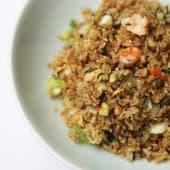 Arroz mil delicias con gambas, verduras y soja