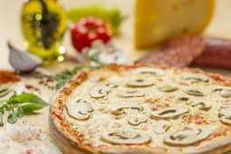 Pizza Prosciutto e funghi Ø 23cm