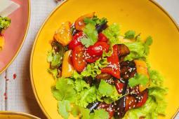 Салат из баклажан в соусе терьяки