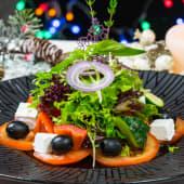 Грецький салат з сиром Фета і оливковою олією (200г)