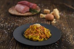 Tagliatelle emiliane cu ragu traditional de carne