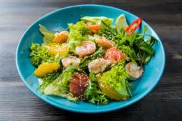 Салат з креветками та цитрусовими (220г)