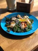 Ніжний салат з лососем (250г)